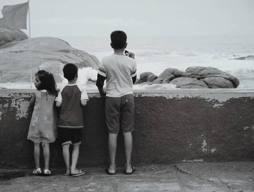 Rywalizacja między rodzeństwem. Jak przekuć kłótnie w naukę?