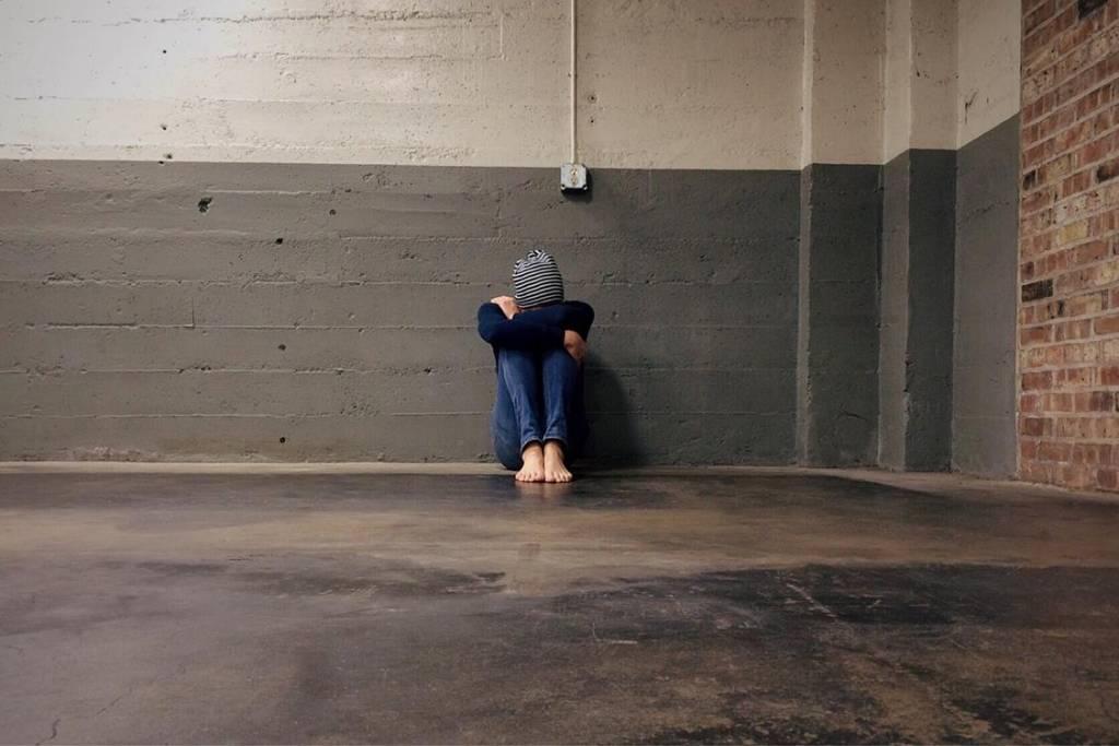 Objawy i leczenie abstynencyjnego zespołu alkoholowego u nastolatka