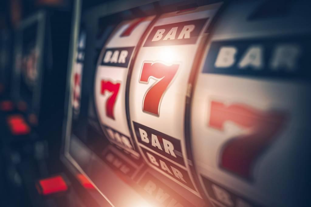 Problem hazardu dotyka coraz młodsze osoby